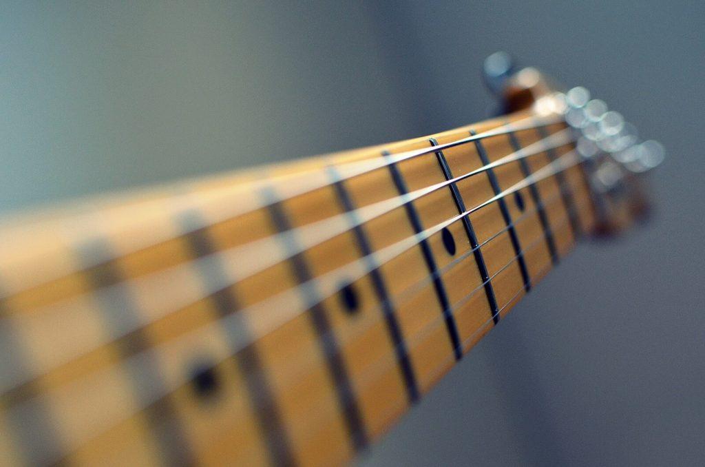 Der Hals (Neck) einer E-Gitarre