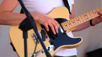 E-Gitarre mit Solidbody-Korpus