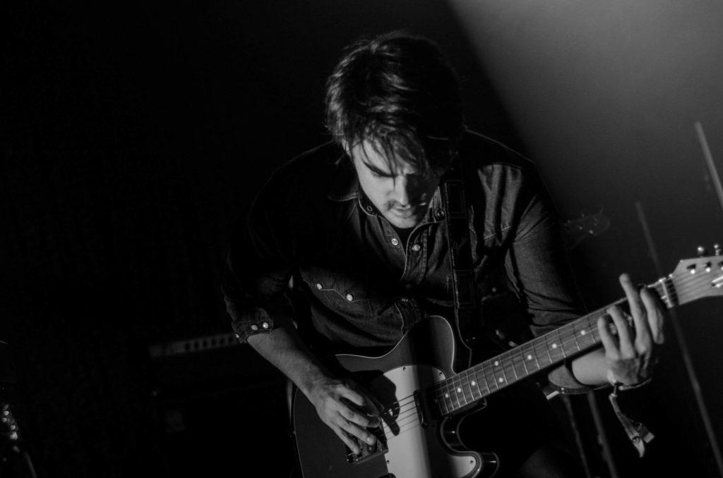 Gitarrist mit Telecaster Gitarre