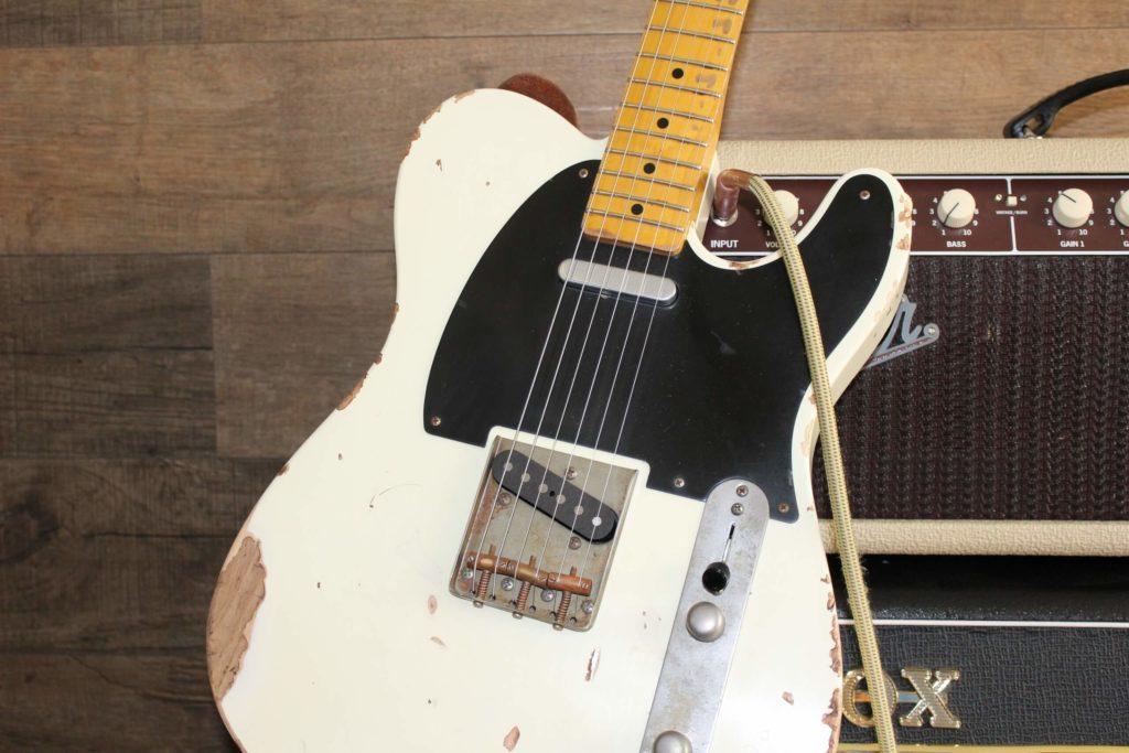 Fender Gitarre und Topteil
